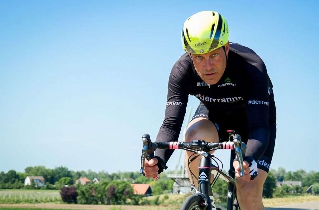 Ex-prof slaat nagels met koppen om de toekomst van het Nederlandse wielrennen te redden